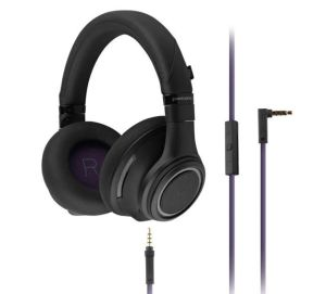 Instant Review of Plantronics BackBeat Pro - ANC Bluetooth Headphones with Mic 05